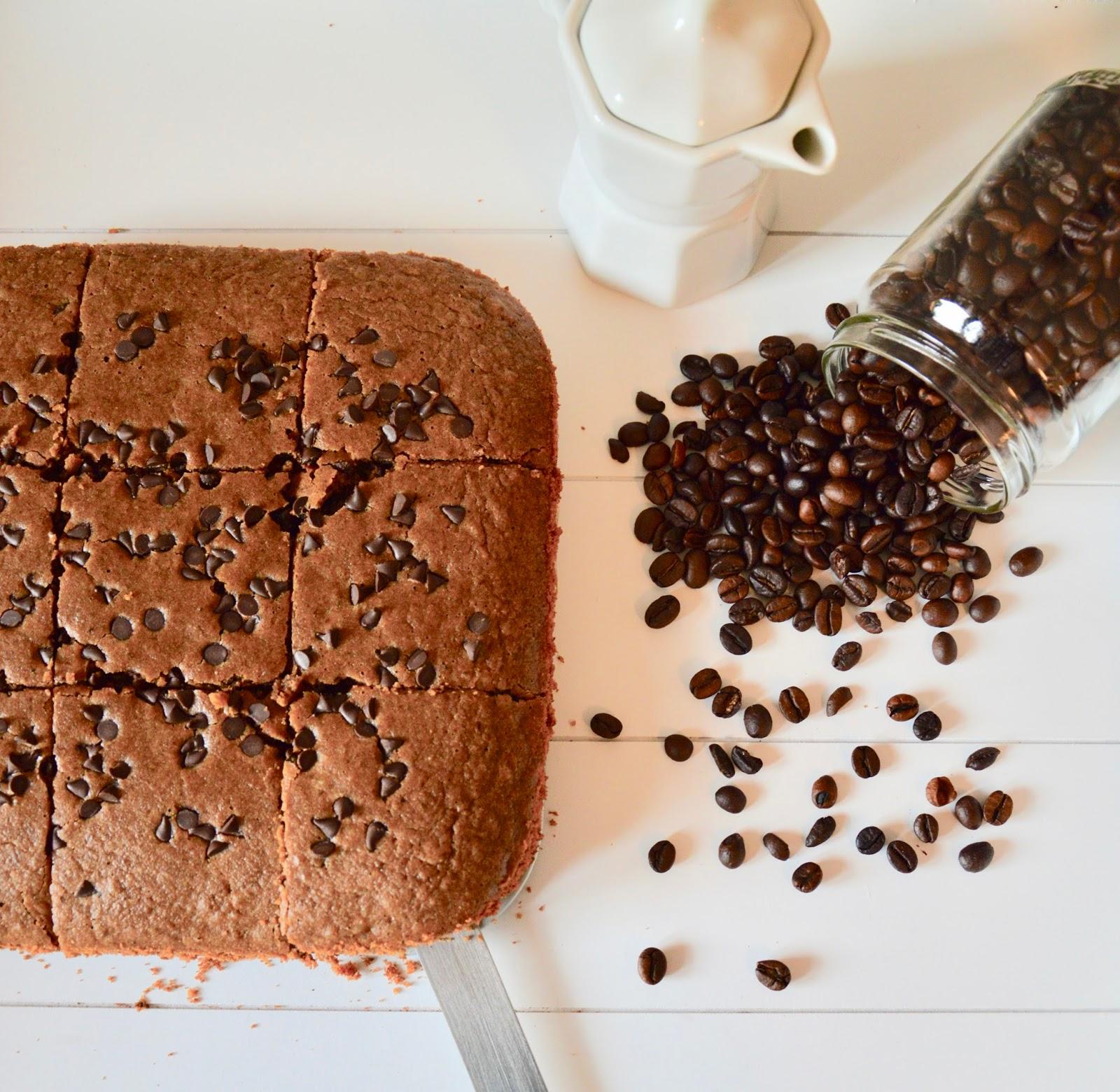 (TIPO) BROWNIES AL CAFFÈ E NOCI