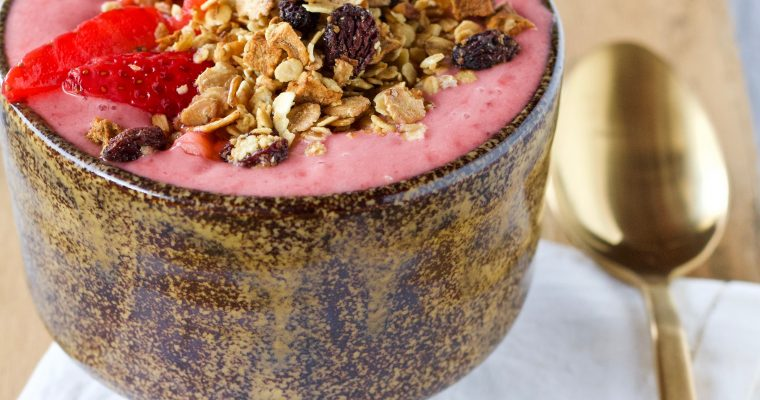 SMOOTHIE BOWL CON GRANOLA HOMEMADE